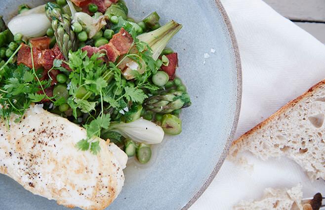 Kyllingebryst med asparges ala francaise