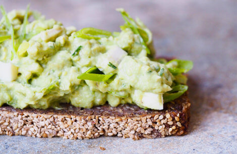 Cremet & lækker avocado-ægge-salat