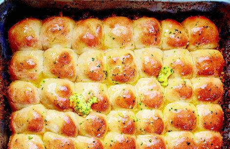 Brydebrød med hvidløg