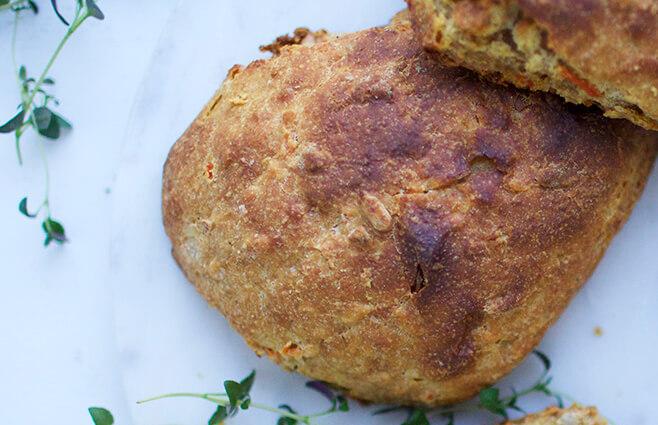 Gode til madpakken & morgenbordet: Gulerodsboller med frisk timian