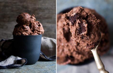 Nem chokoladeis med brownie & sprøde valnødder