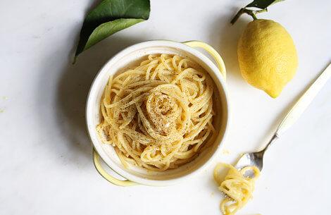 Pasta med smør & citronskal