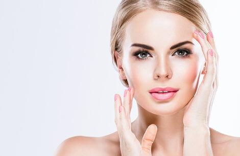 De kendtes nye trend: bryn med permanent makeup