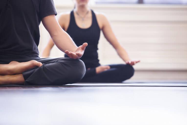 Yoga for de dovne!