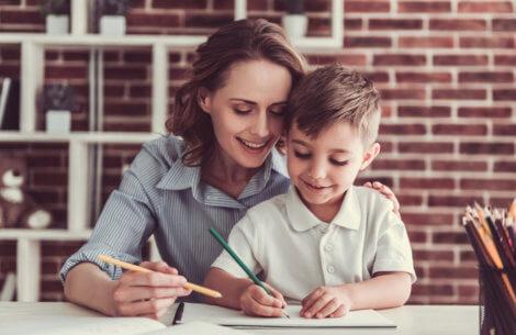 Sådan får du dit barn til at lave lektier!