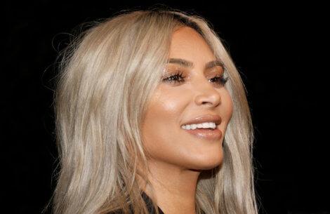 Kim Kardashian sender Valentines-gaver til sine største haters