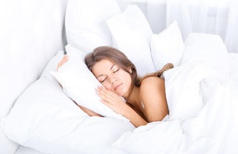 Guide til bedre søvn & smukkere hud